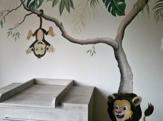 Muurschildering-jungle-aapje-leeuw