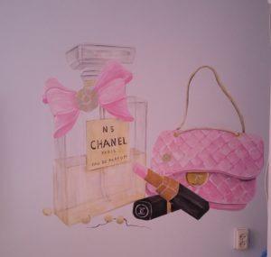 muurschildering Chanel