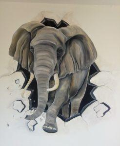 Muurschildering Olifant door muur